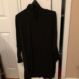 Brand new never worn it turtleneck long sleeve